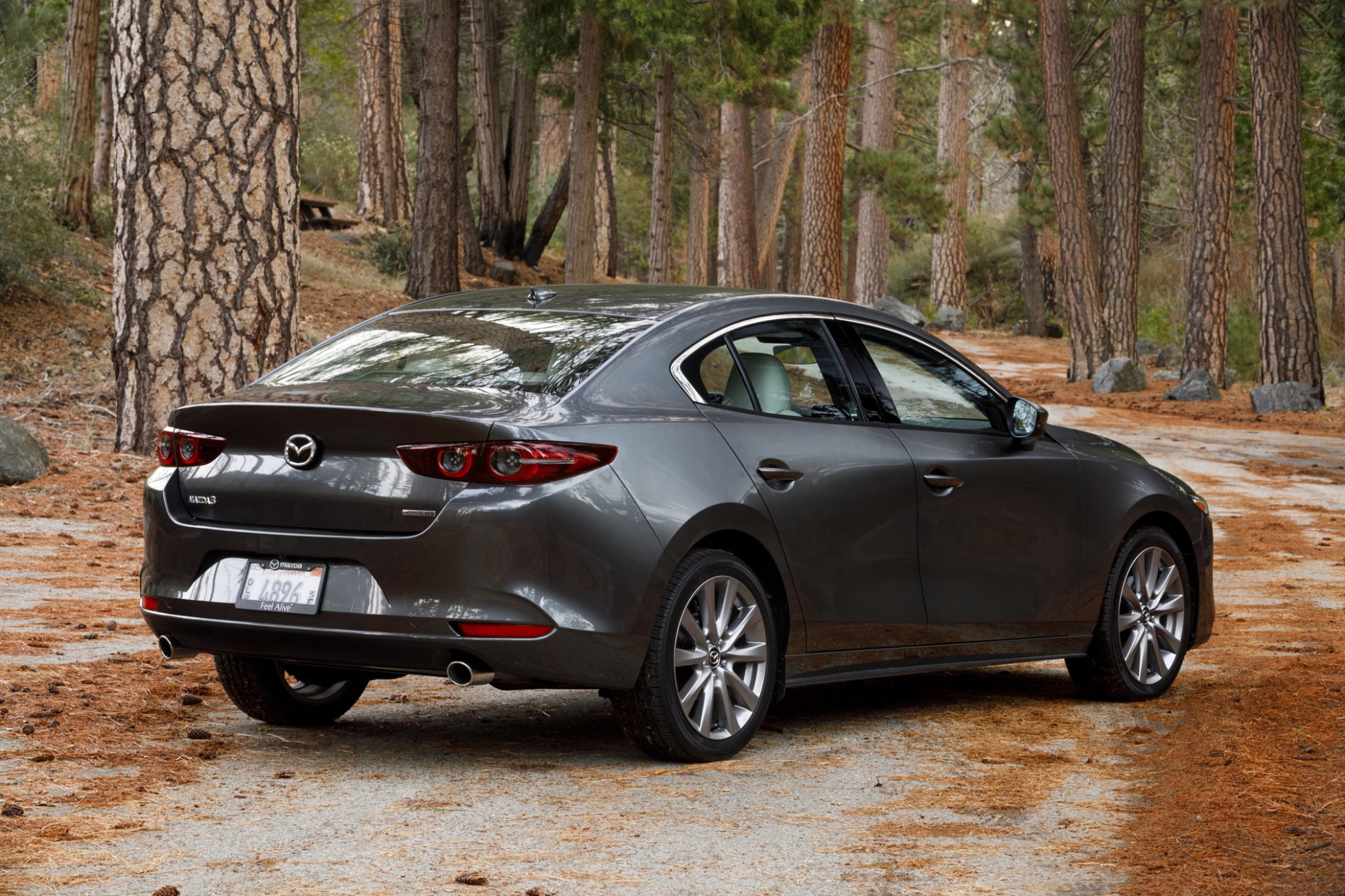 8 Mazda MAZDA8 Review, Ratings, Specs, Prices, and Photos - The ..
