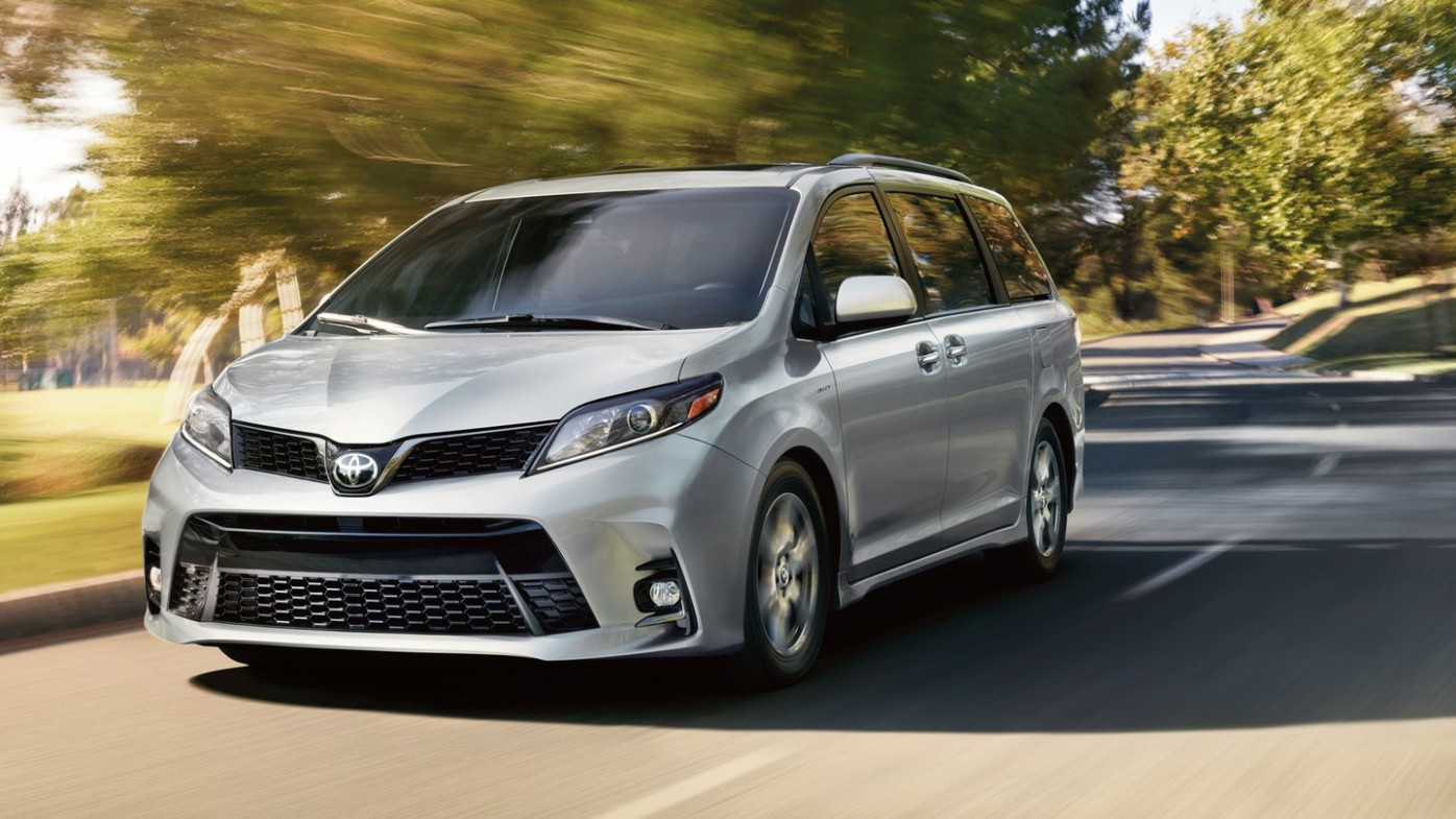 8 Reasons the Toyota Sienna is Better than the Honda Odyssey