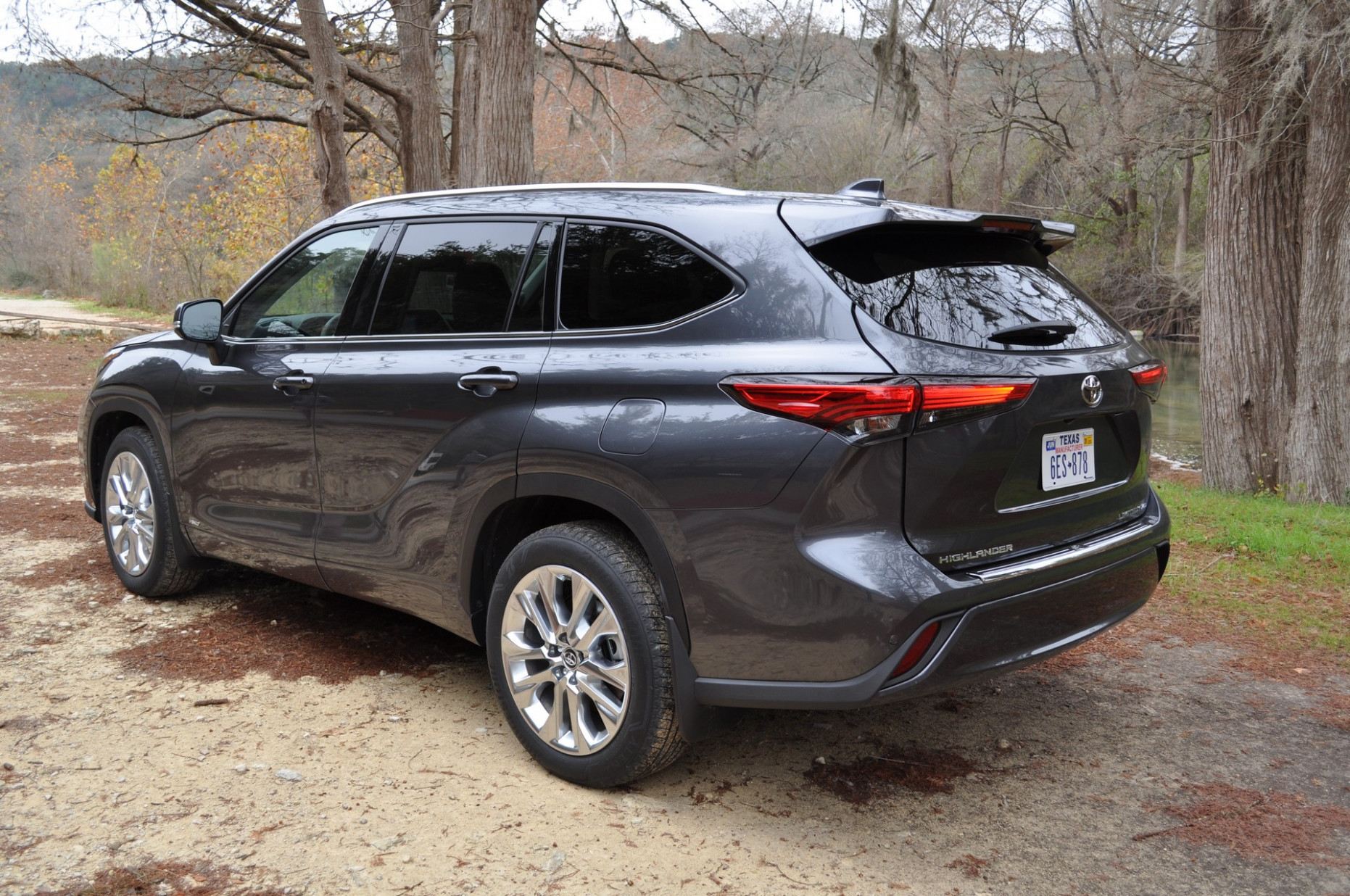 8 Toyota Highlander First Review: Better Overall, But Is That ...