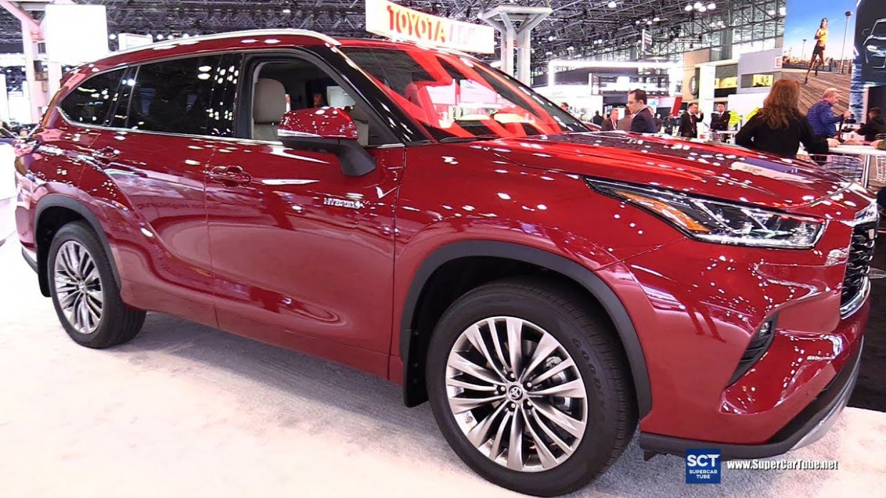 8 Toyota Highlander Platinum - Exterior Interior Walkaround - Debut 8  New York Auto Show - 2020 toyota highlander limited platinum