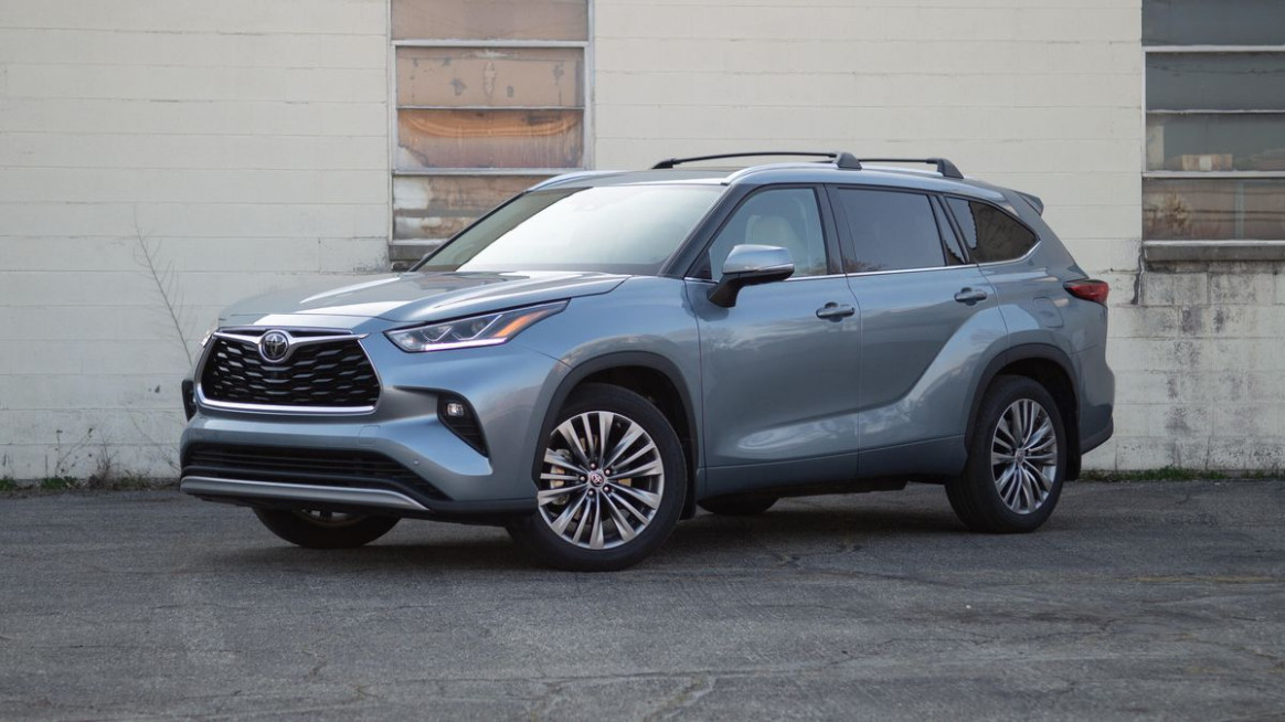 8 Toyota Highlander review: Practical but posh - Roadshow - toyota highlander 2020 review