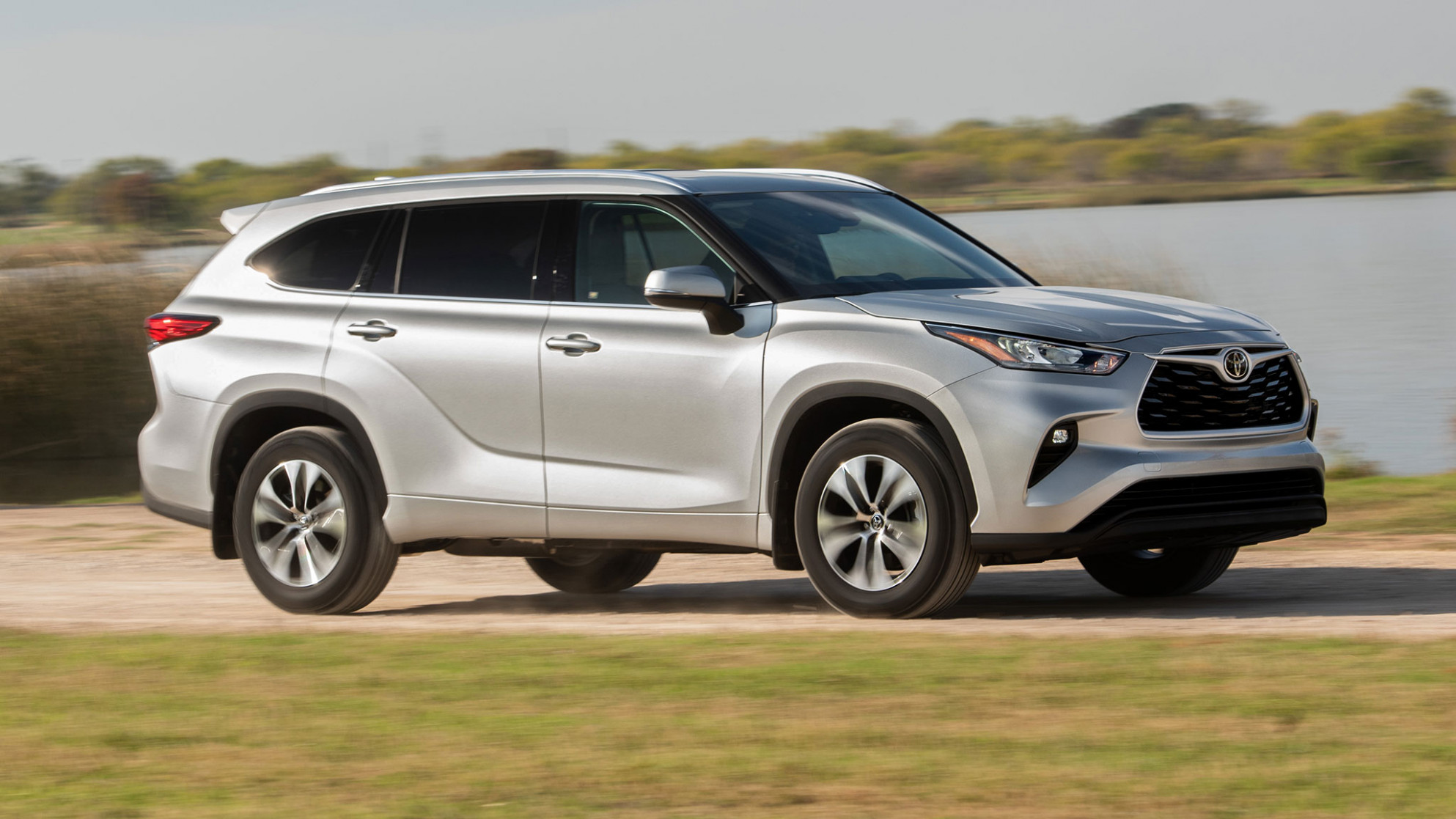 8 Toyota Highlander Starting Price Rises $8,8 to $8,780 - 2020 toyota highlander limited platinum