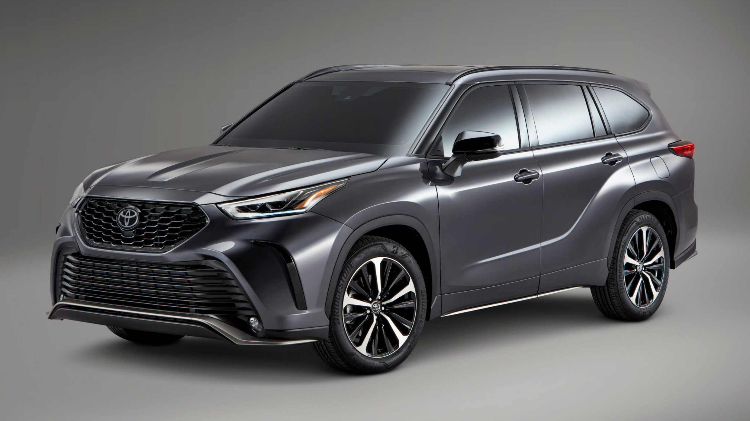 8 Toyota Kluger sports pack debuts in the US | CarAdvice - 2020 toyota kluger grande