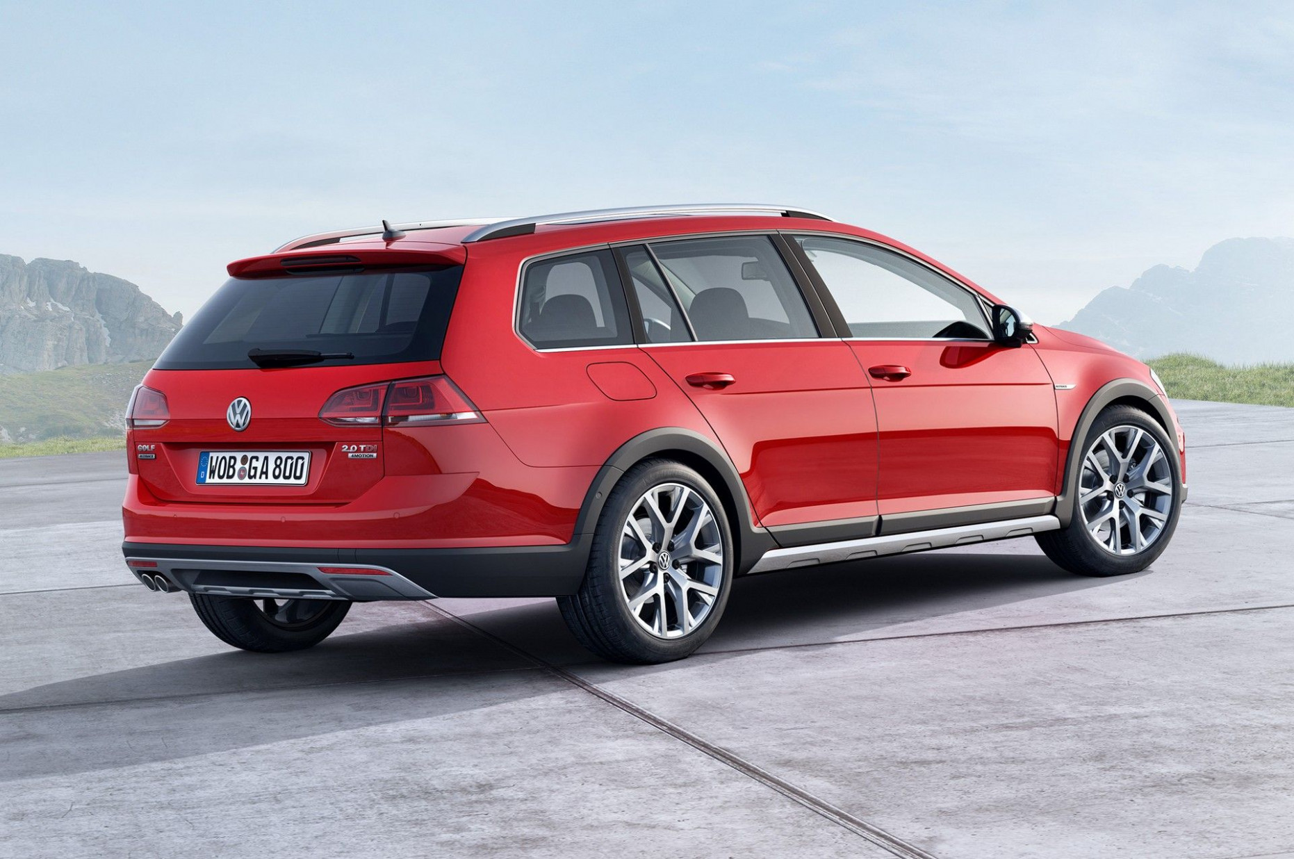 8 VW Golf Sportwagen Alltrack TDI, 8motion Review (With images ...
