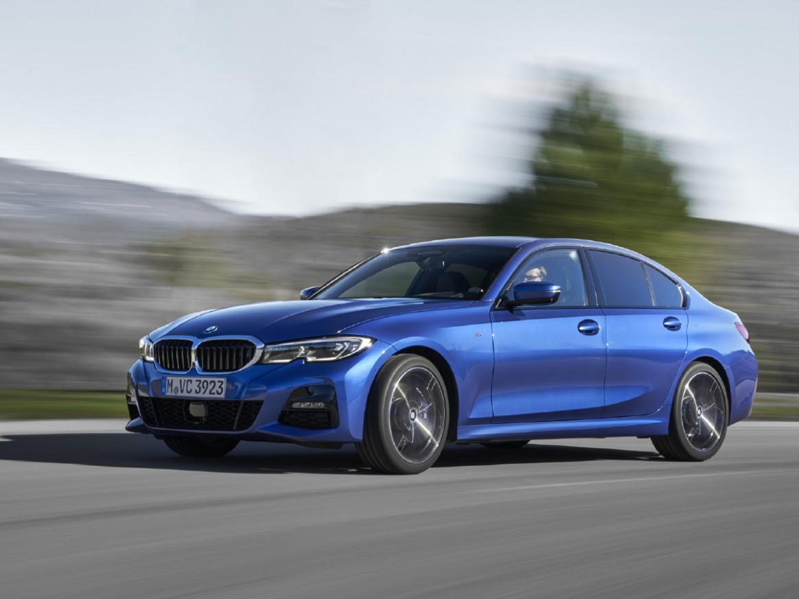 BMW Group delivers 8 cars in Q8 8 - CarWale