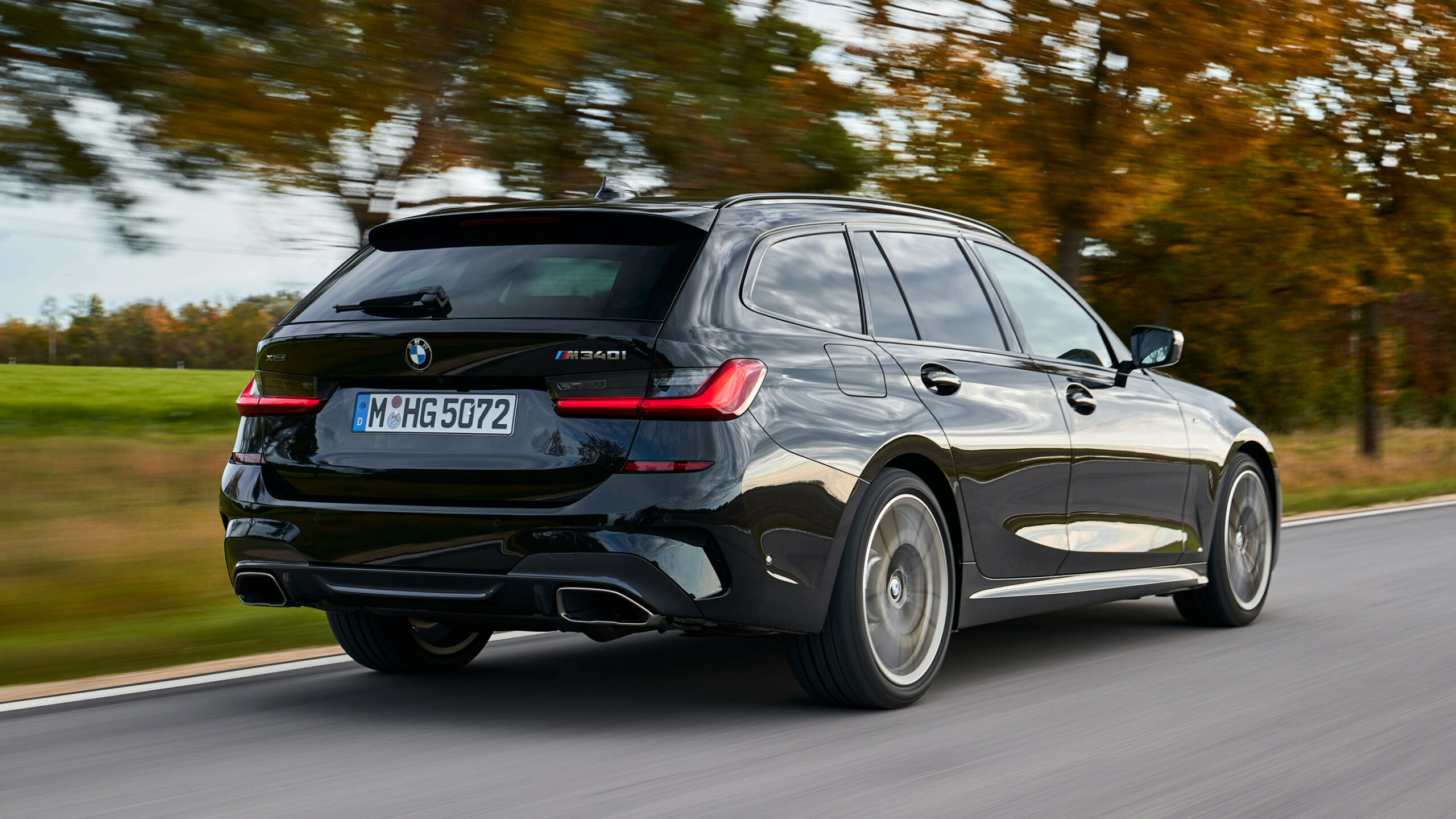 BMW M7i Touring review: peak 7 Series? | Top Gear
