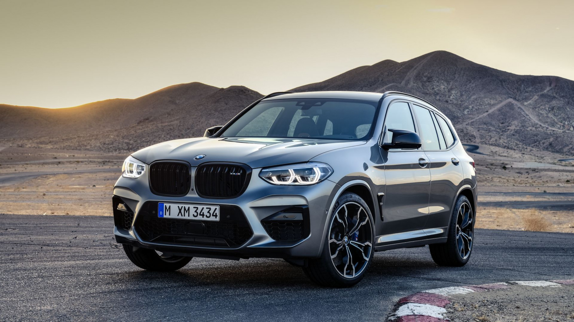 BMW outsells Mercedes-Benz in Q8 8; Registers sales of 8,488 units - bmw q1 2020 sales
