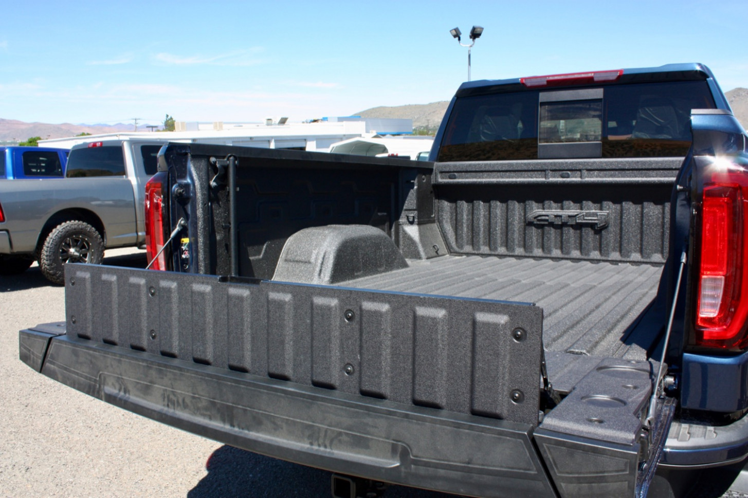 Check Out The GMC Sierra MultiPro Tailgate In Action: Video | GM ..