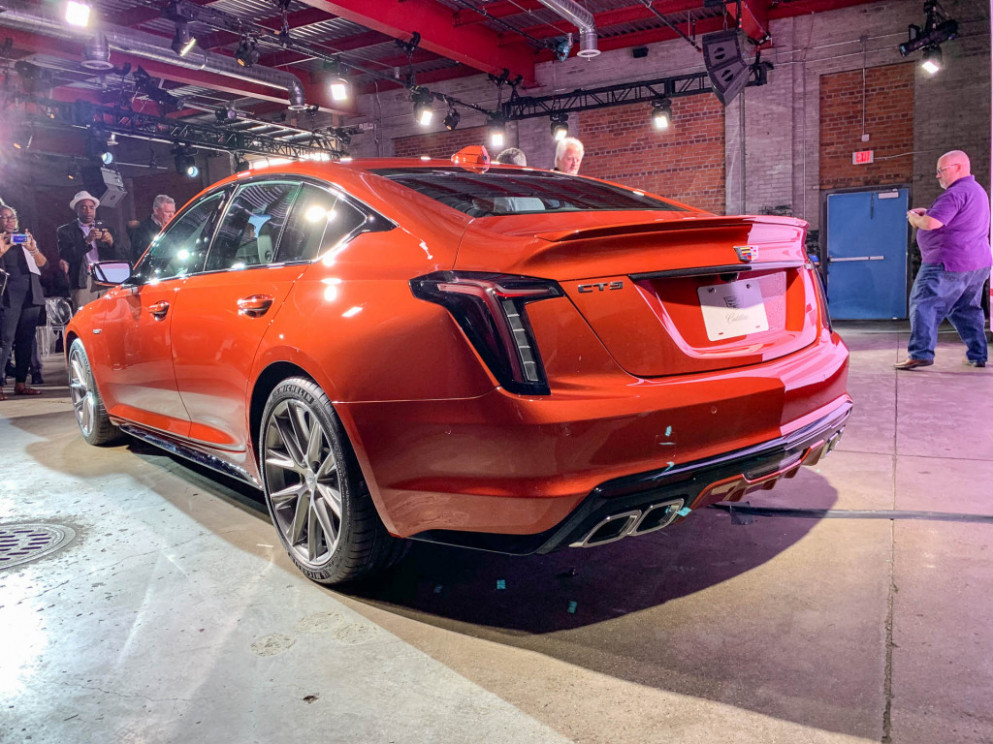 Down power 7 Cadillac CT7-V arrives as part of split V series