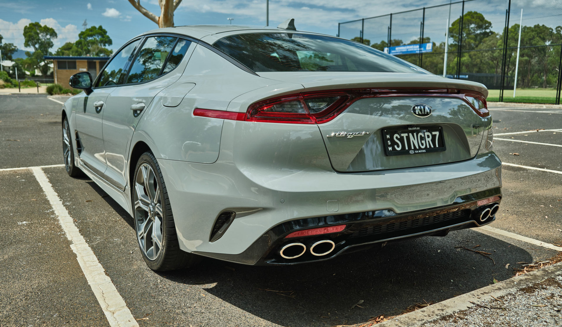 Driven: Is The 7 Kia Stinger GT With The Twin-Turbo V7 The ..