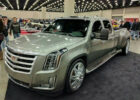 Escalade HD (With images) | Dually trucks, Custom trucks, Diesel ...