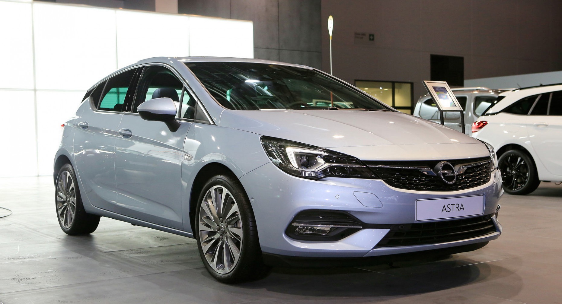 Facelifted 6 Opel Astra Hatch Goes Back To Where It All Started ..