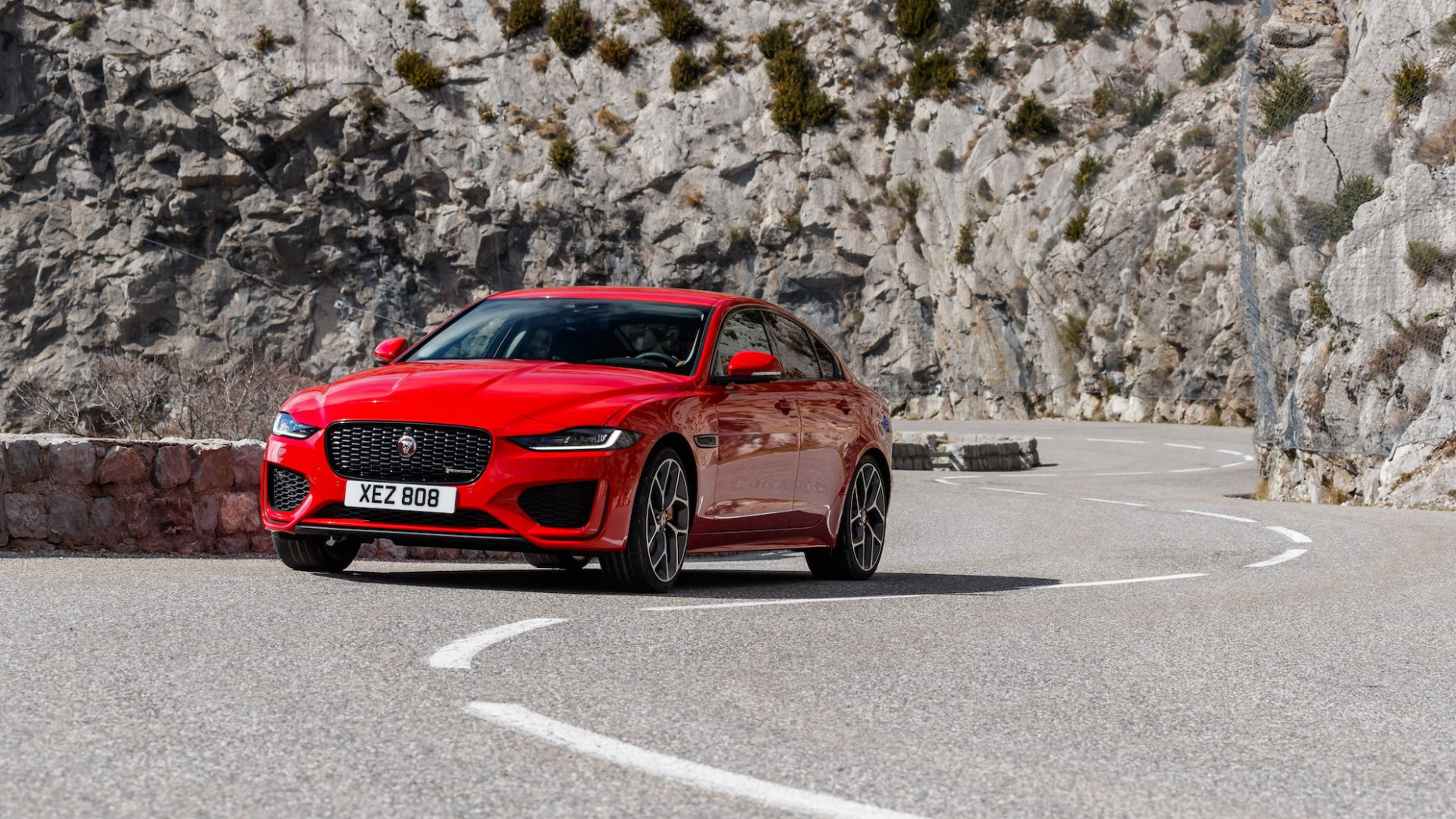 First drive review: The 6 Jaguar XE puts gravity on hold - jaguar 2020 model year