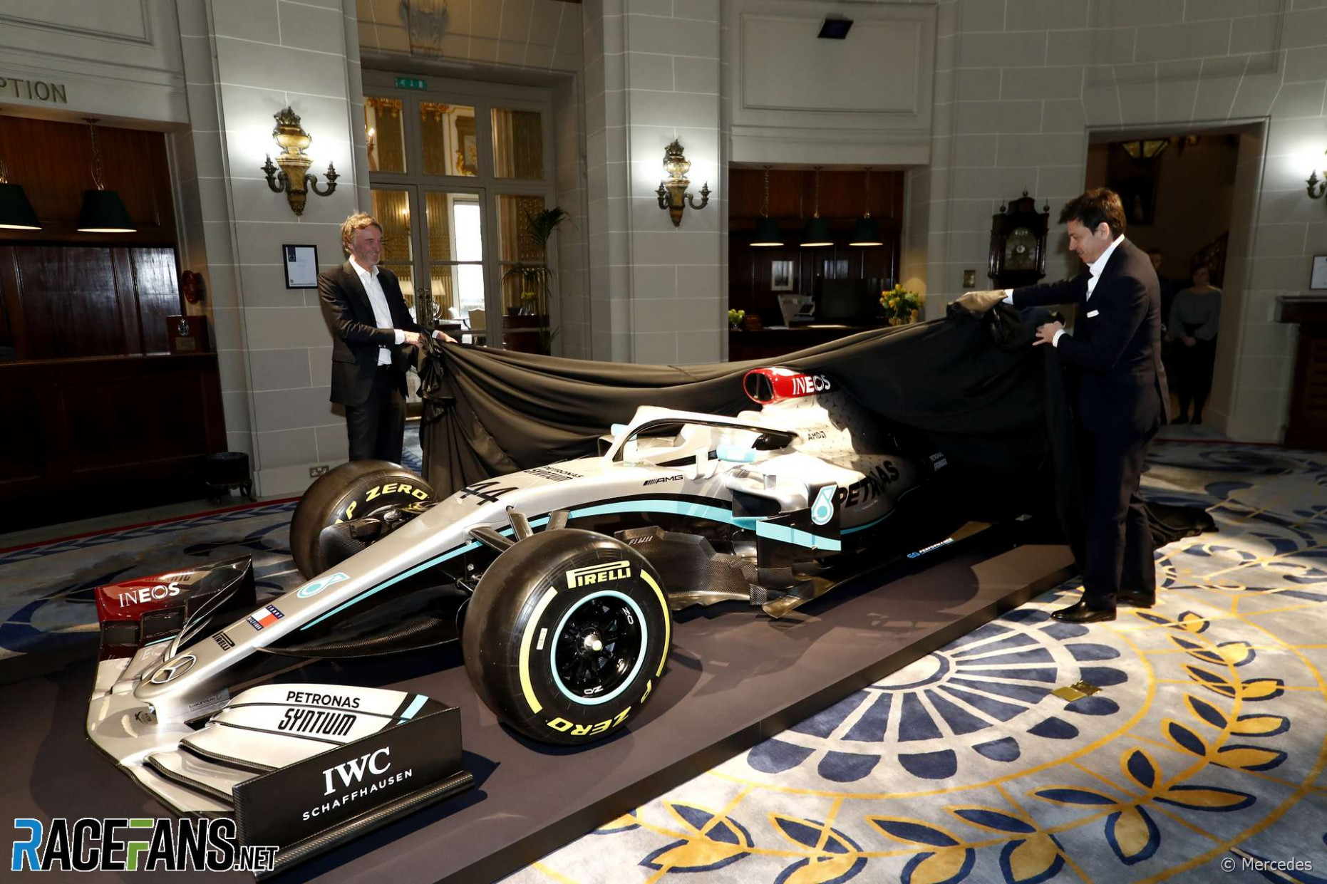 First pictures: Mercedes presents its 8 livery in London · RaceFans - mercedes f1 2020 livery