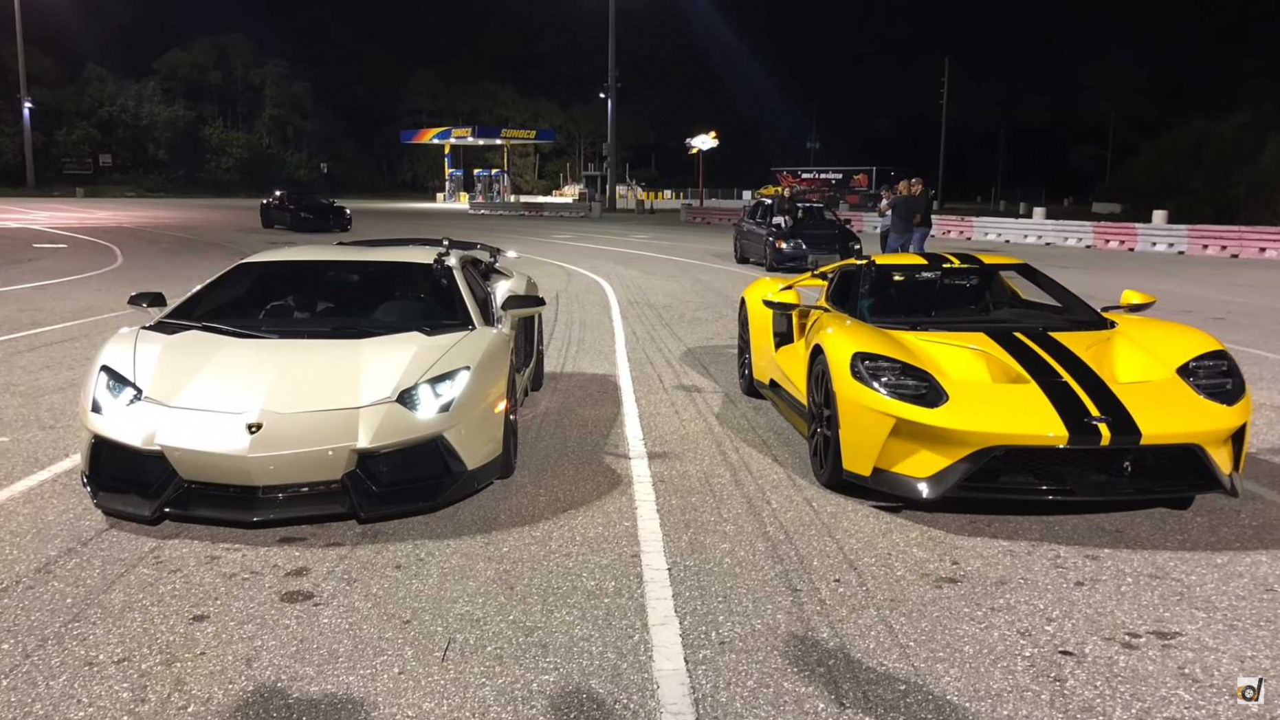 Ford GT Drag Races Aventador In A Quarter-Mile Showdown - 2020 ford gt quarter mile