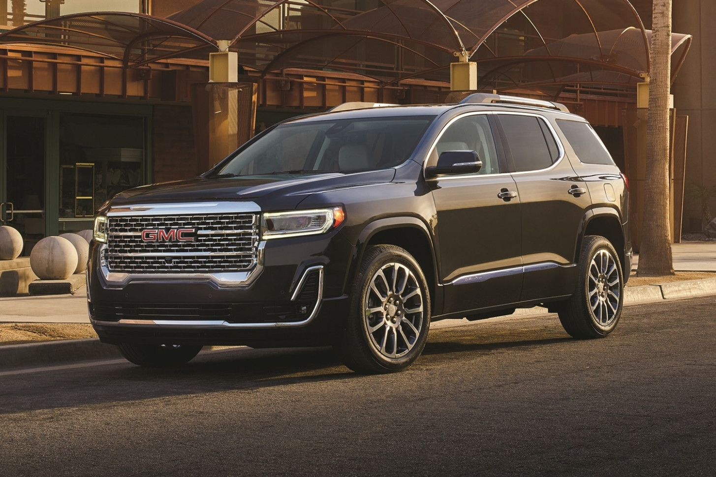 GMC Acadia Discount Totals $8,8 In April 8 | GM Authority
