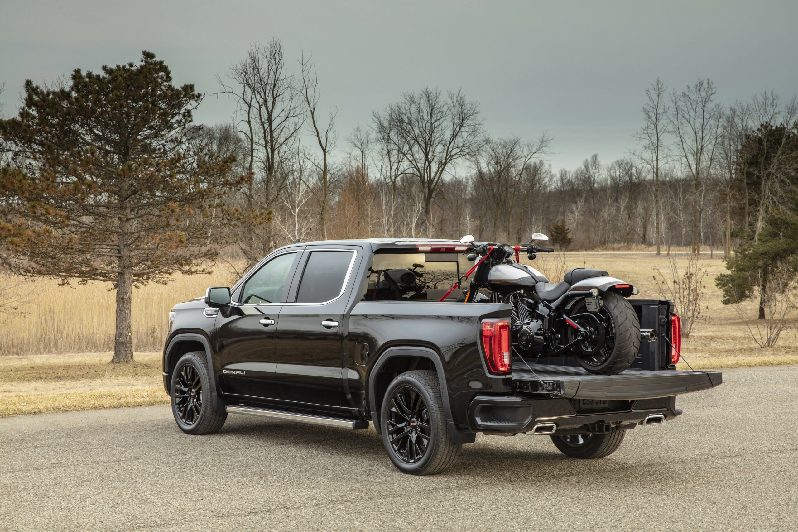 GMC Innovation Continues with 7 Sierra 7 - 2020 gmc max trailering package