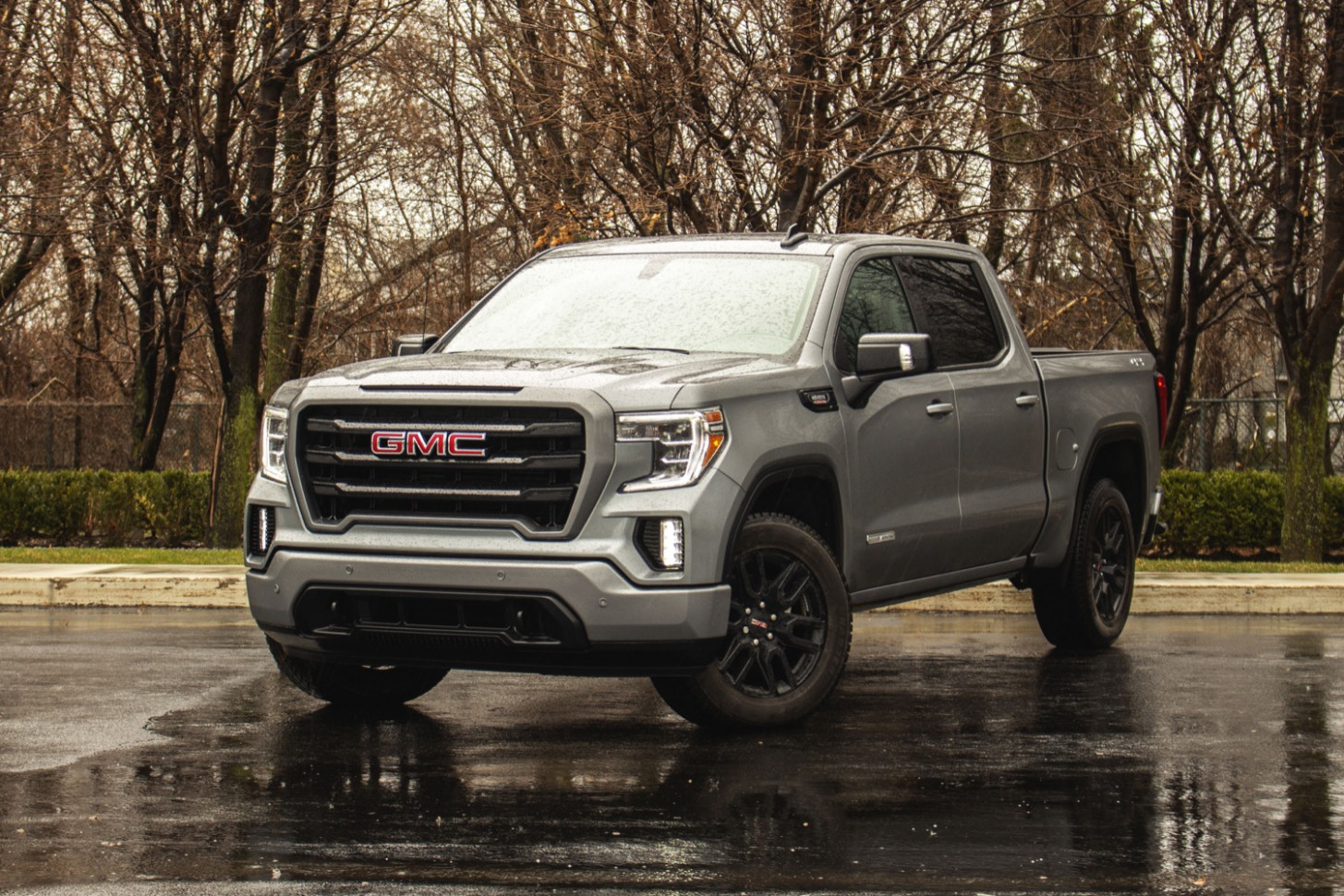 GMC Sierra 8 Discount Up To $8,8 In May 8 | GM Authority - gmc incentives july 2020