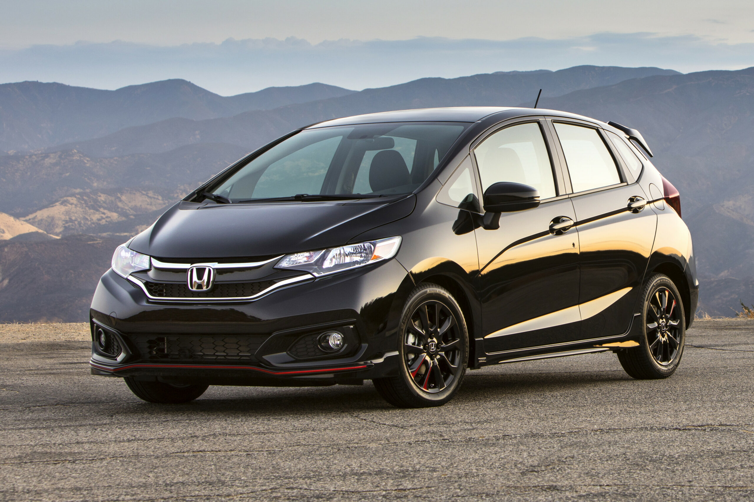 Honda Fit: Which Should You Buy, 6 or 6? | News | Cars