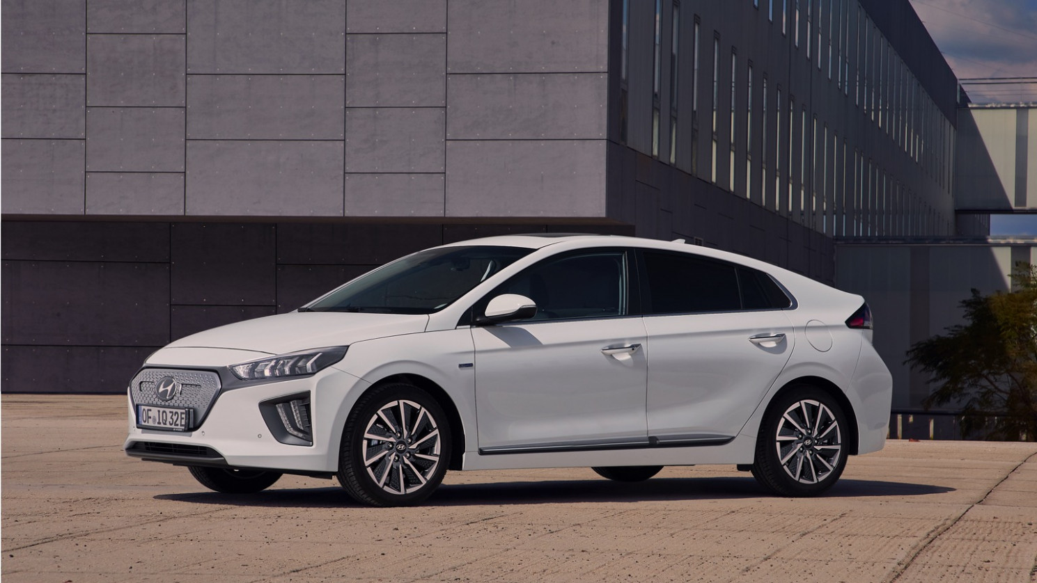 Hyundai IONIQ Electric price and specifications - EV Database