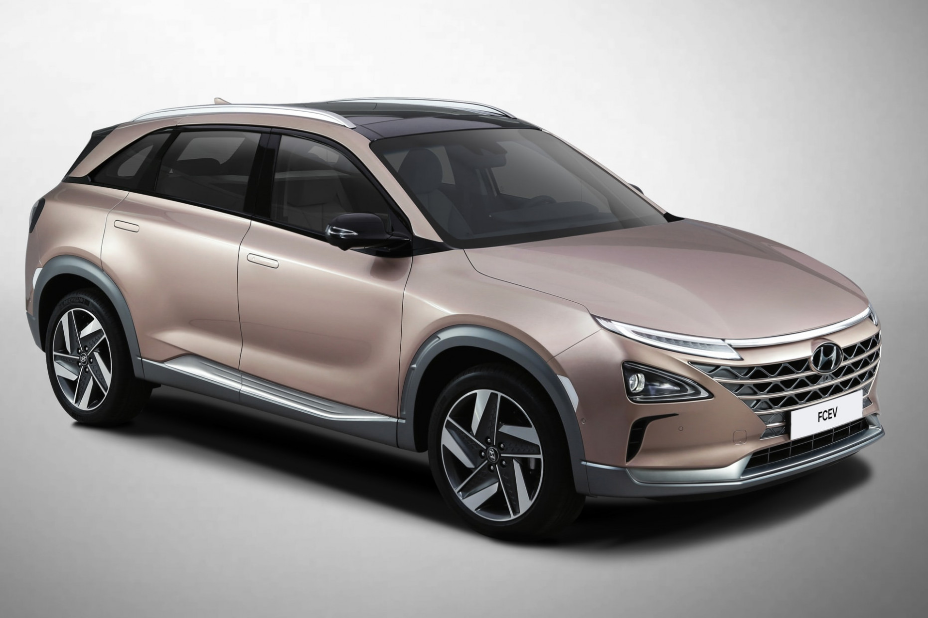 Hyundai Unveils Nexo Fuel-Cell SUV With New Driver Aids at CES ..