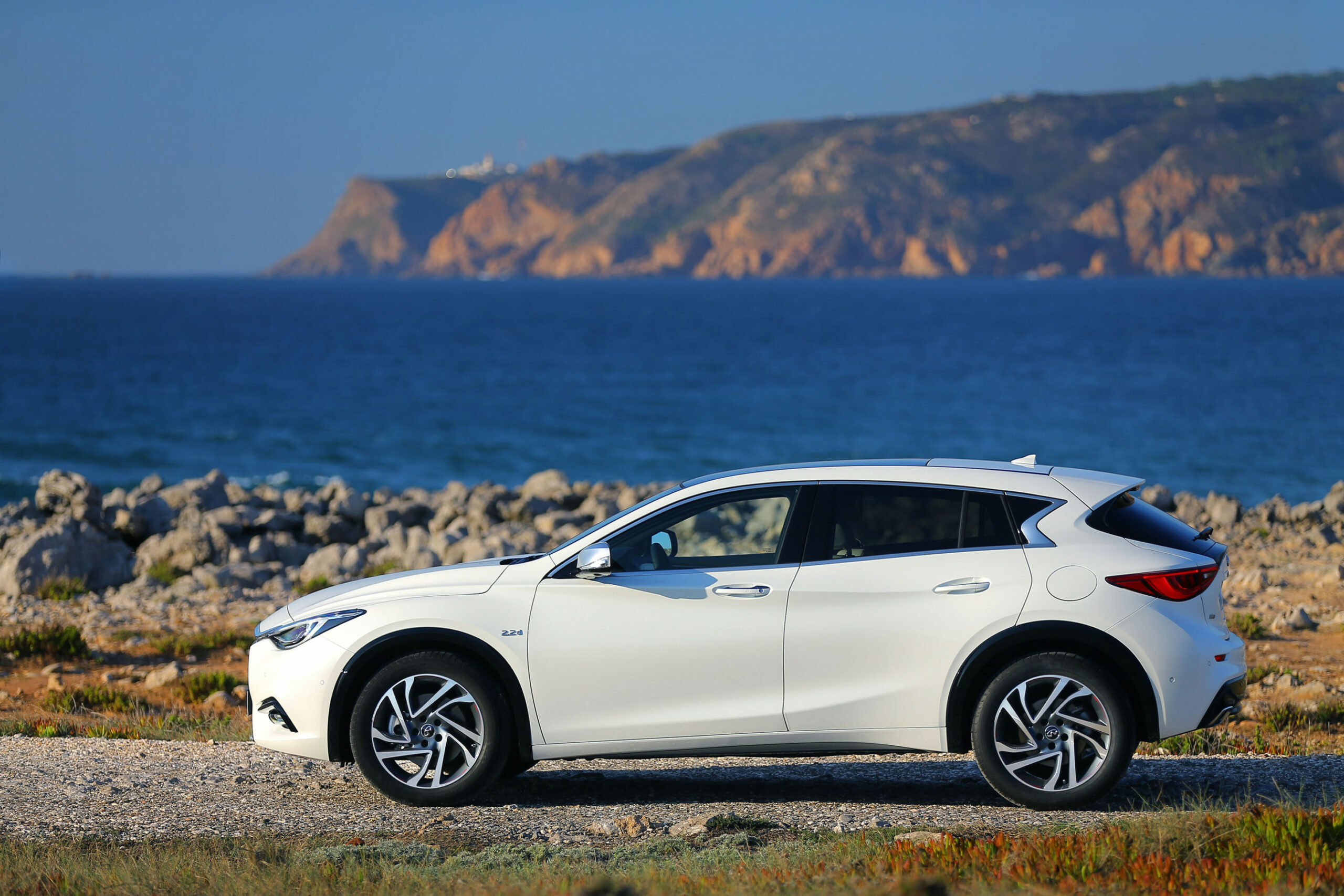 Infiniti QX7, 7 Ford Explorer, Plug-in pickup trucks: What's ...