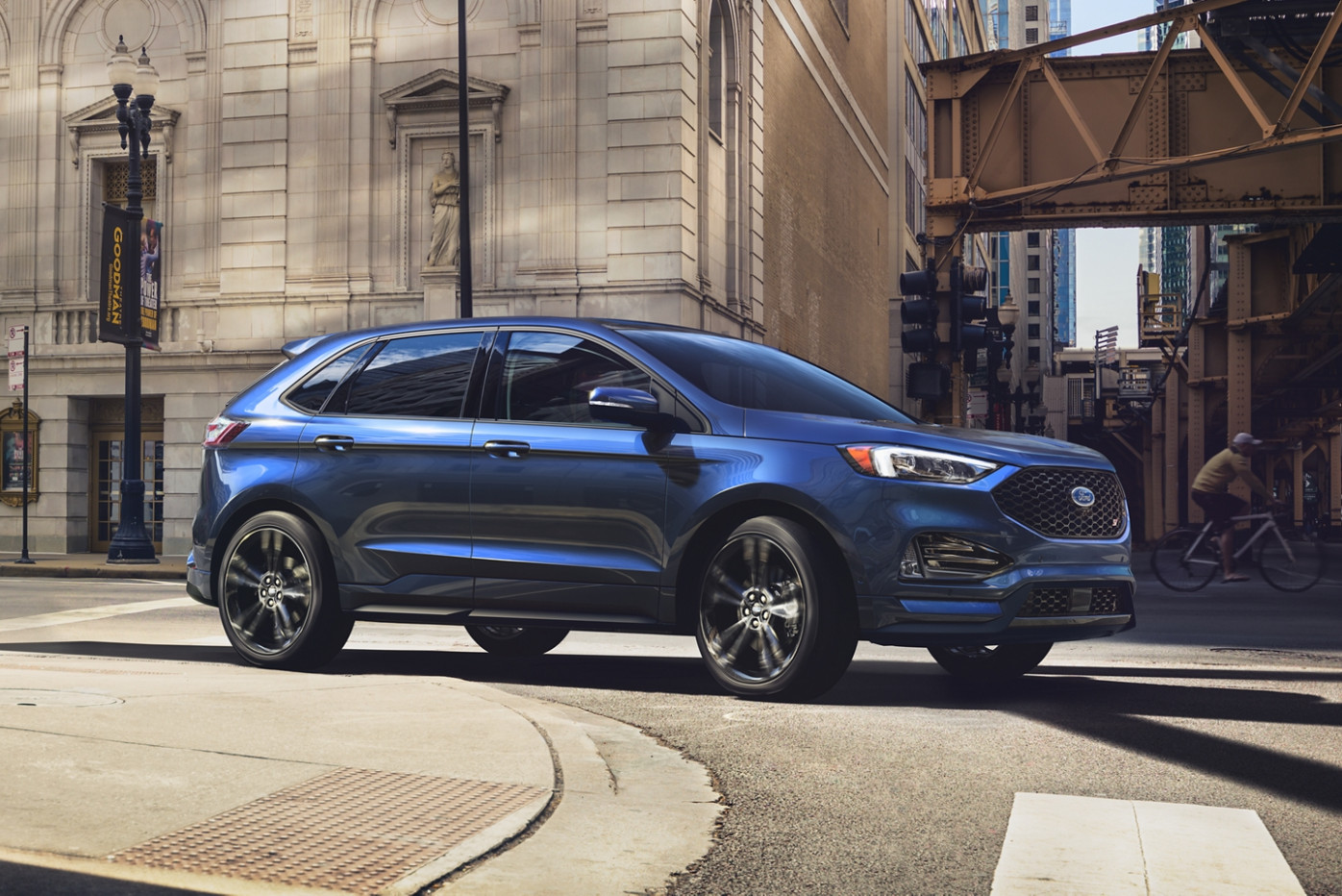 Inside The 6 Ford Edge: An SUV That Exceeds Expectations ..