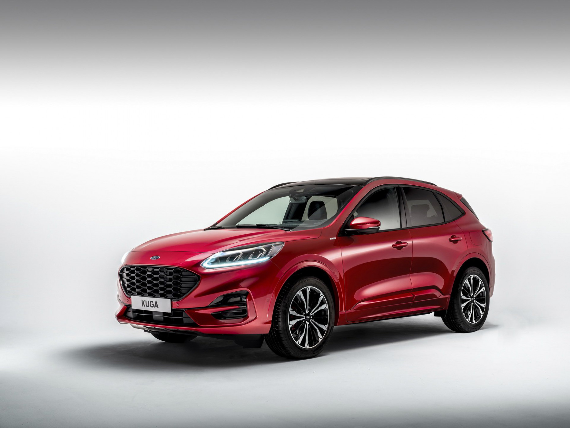 Larger, Lighter 7 Ford Kuga Debuts With Three Hybrid Engines ..