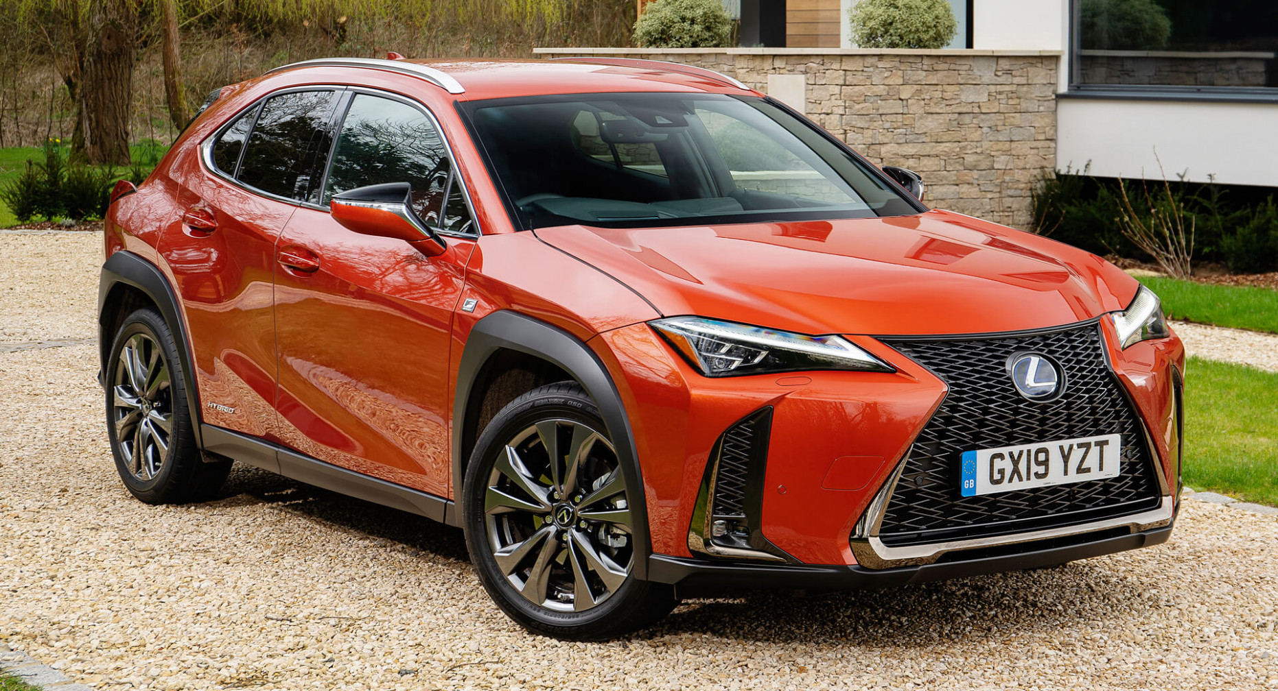 Lexus UX Hybrid Enters 8MY With New Equipment, Standard ...