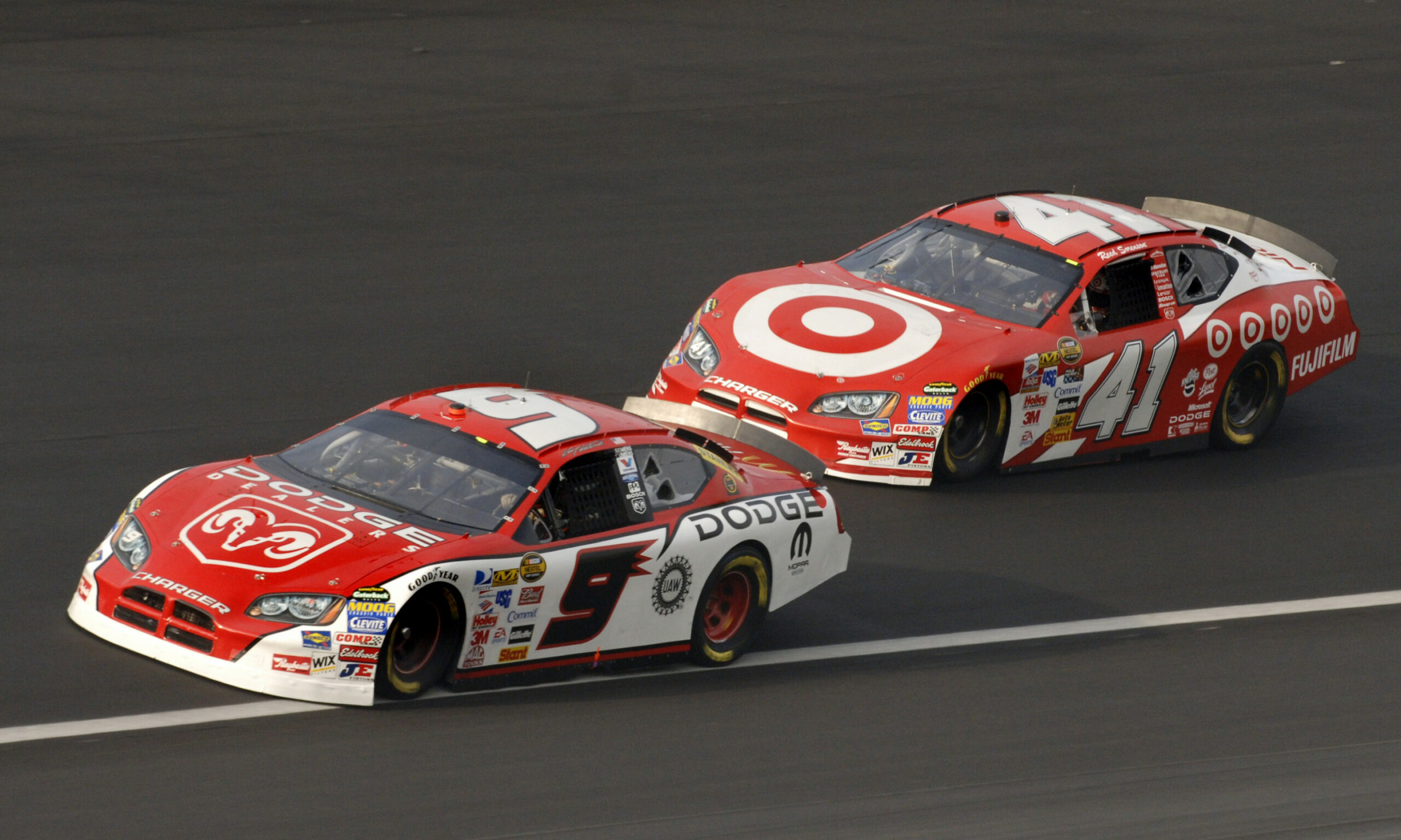 NASCAR: Manufacturers Dodge and Nissan will have to wait until 8