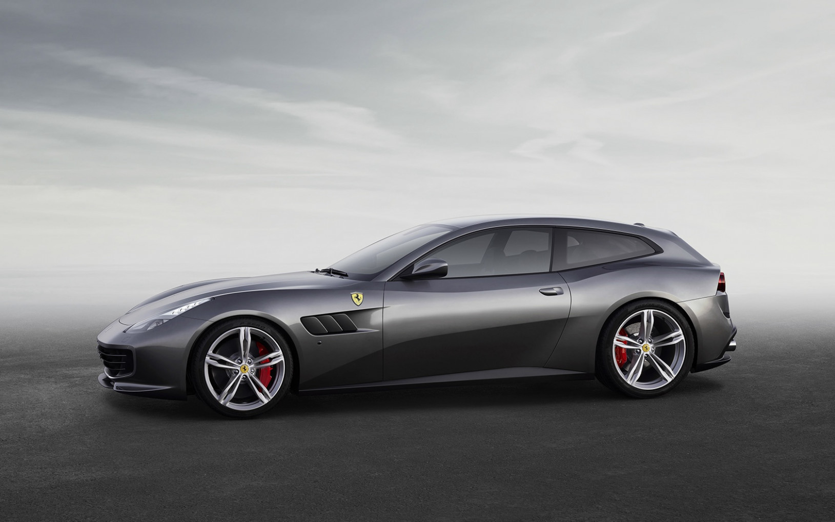 New 7 Ferrari GTC7LUSSO For Sale (Special Pricing) | Aston ..