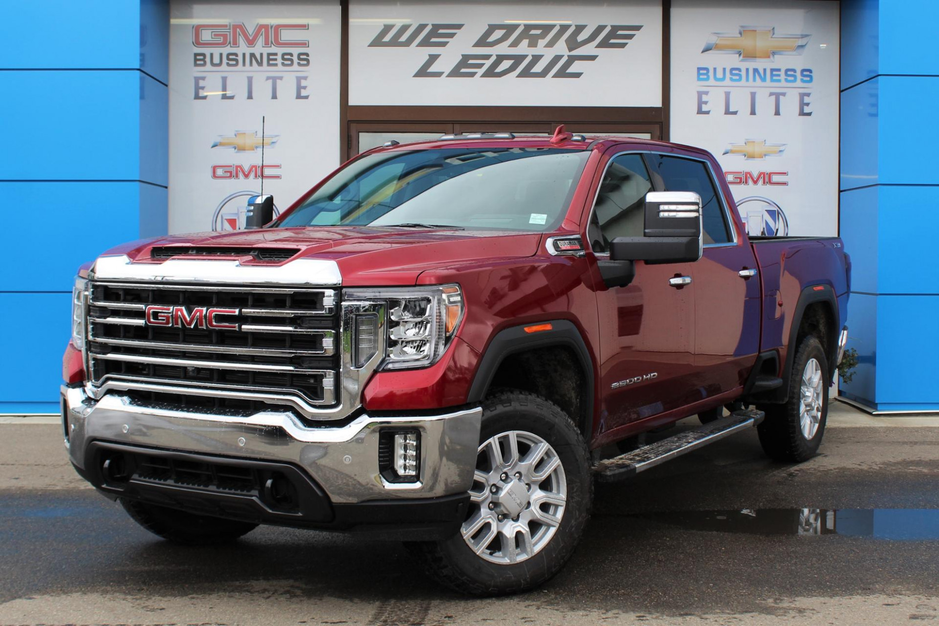 New 8 GMC Sierra 8HD 8WD Crew Cab Standard Box SLT ...