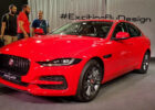 New 8 Jaguar XE Facelift Launched in India | S & SE Variants Detailed  Walkaround
