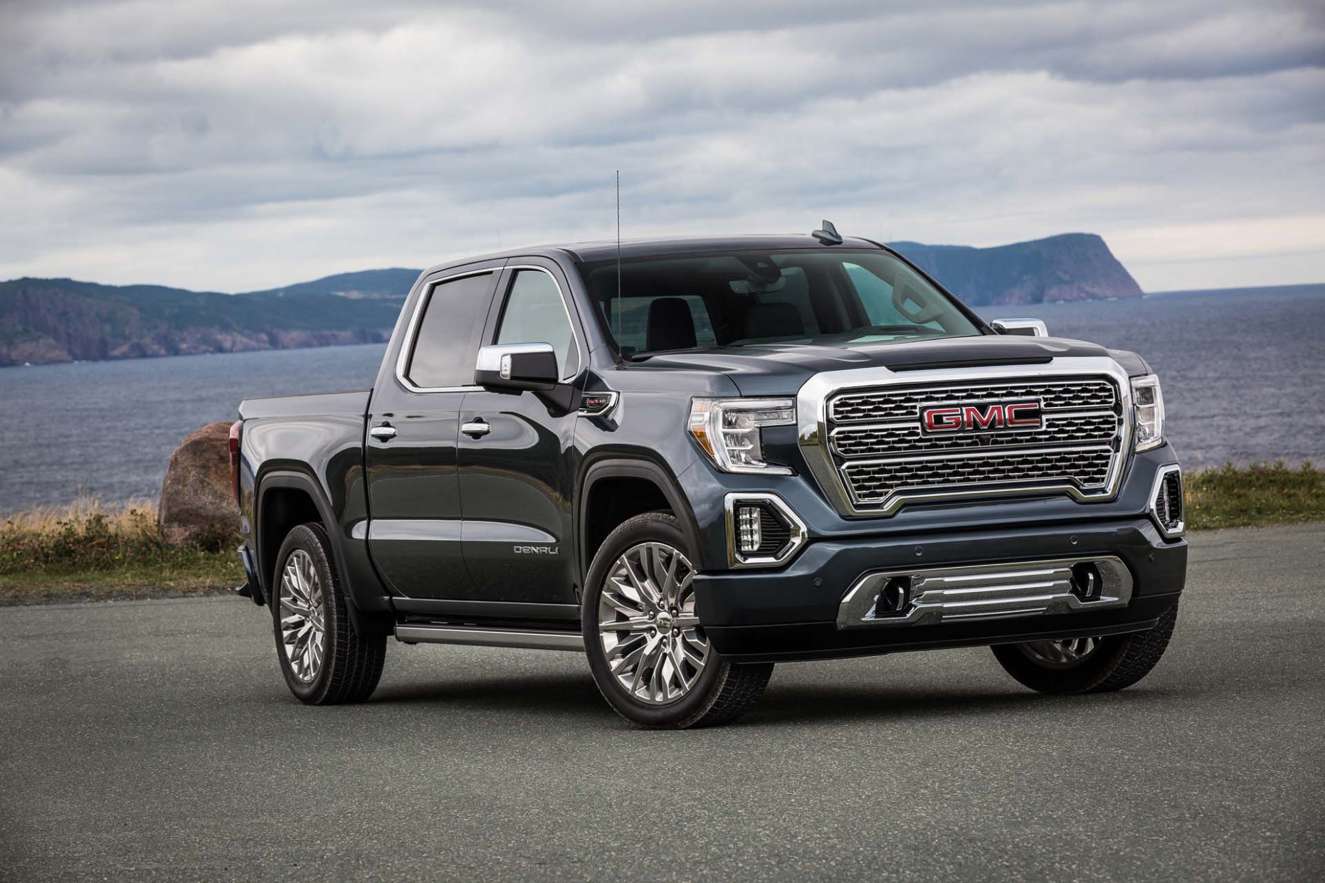 New and Used GMC Sierra 8: Prices, Photos, Reviews, Specs - The ...