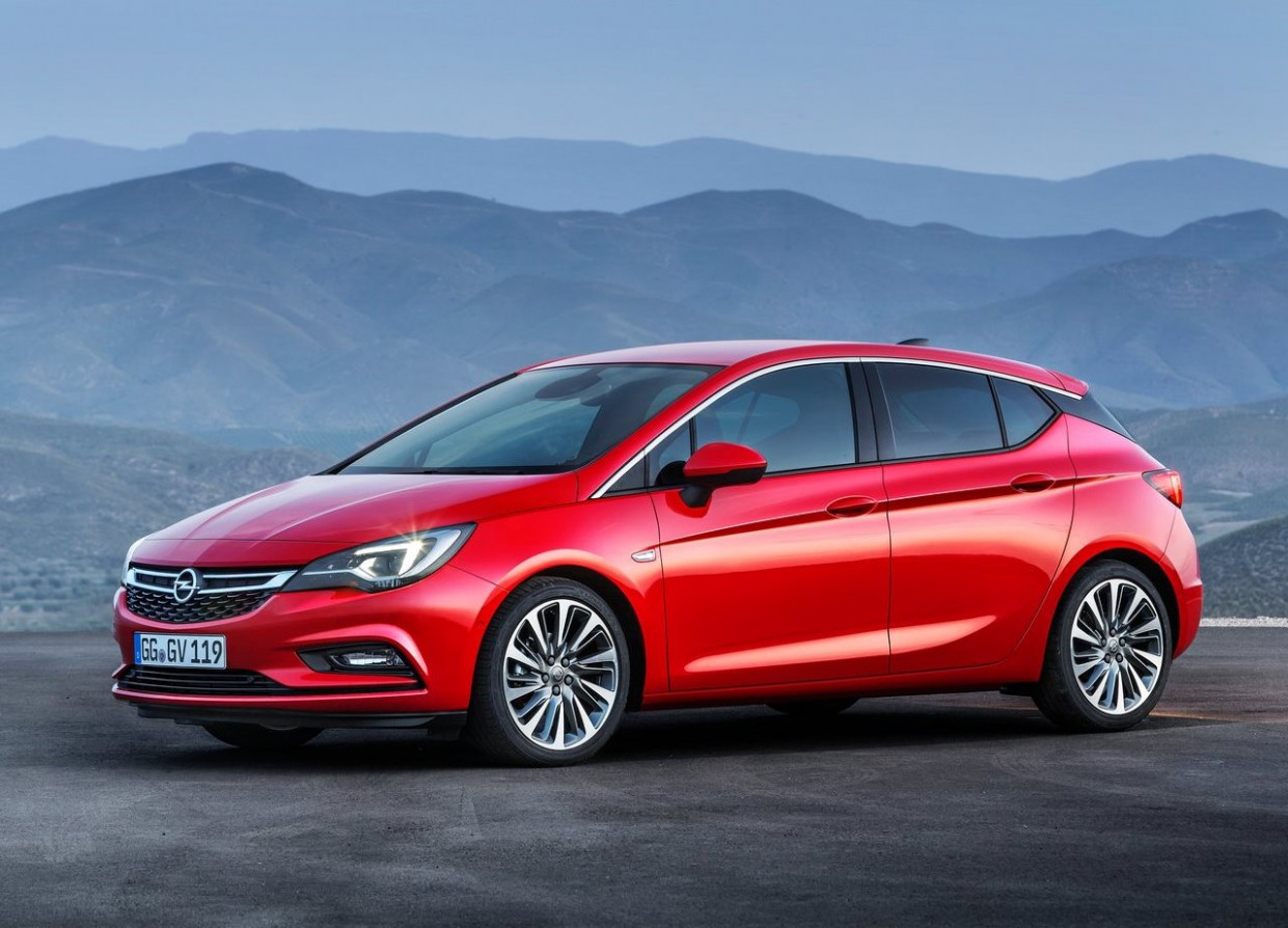 Opel Astra Hatchback 8 8.8L Enjoy in Oman: New Car Prices ..