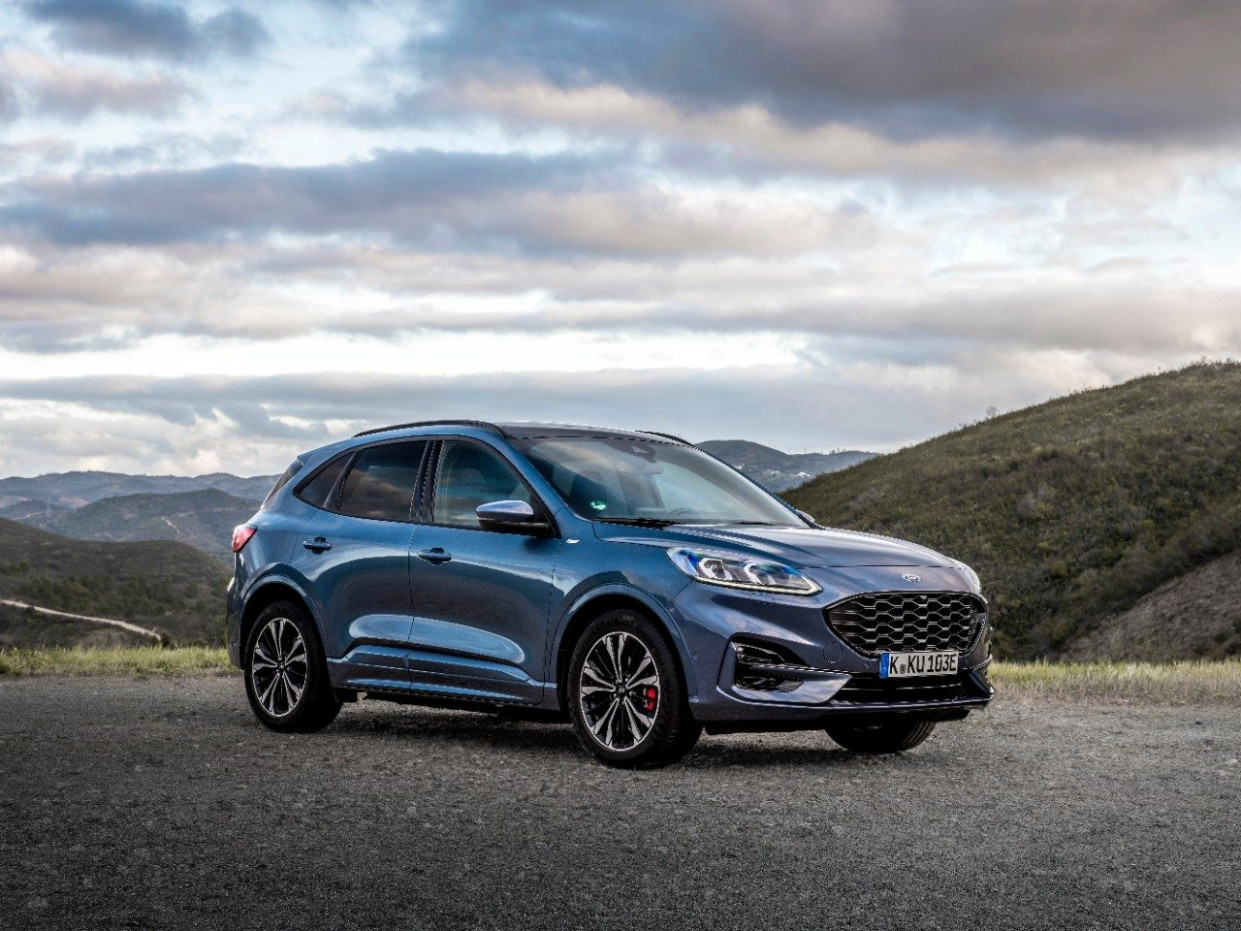 Photos] New Ford Kuga Launching in Europe - The News Wheel - ford kuga st line 2020