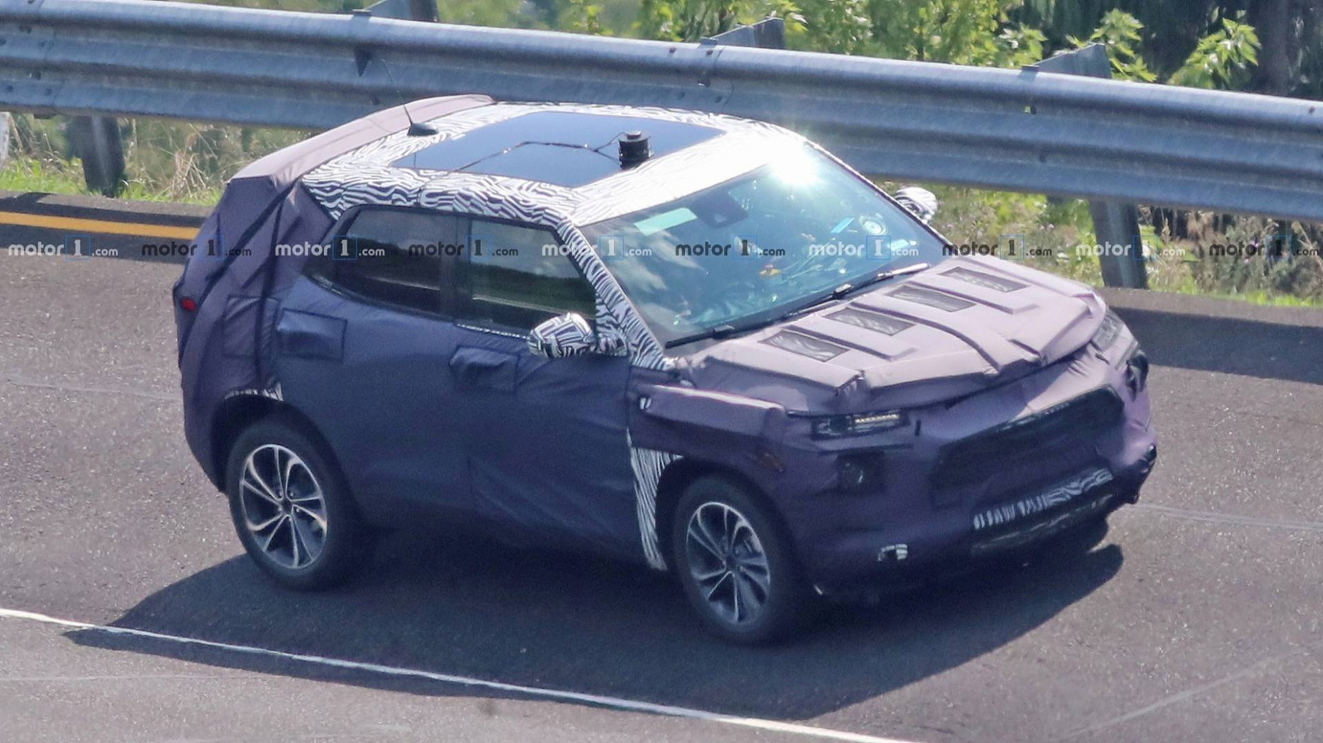 Redesigned 7 Chevrolet Trax SUV Spied For The First Time