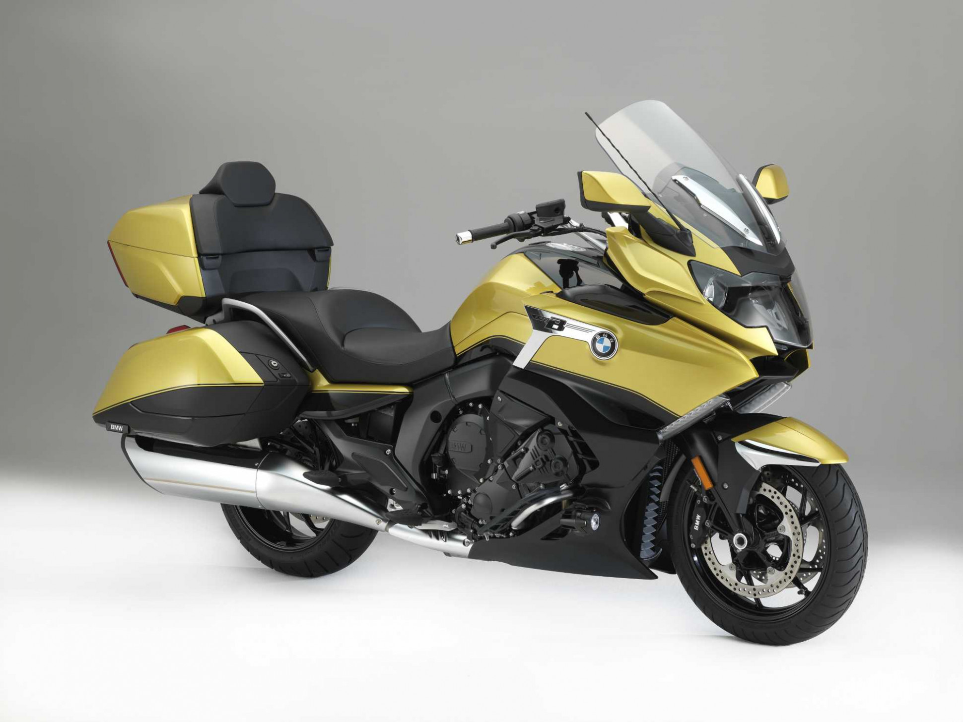The new BMW K 7 Grand America