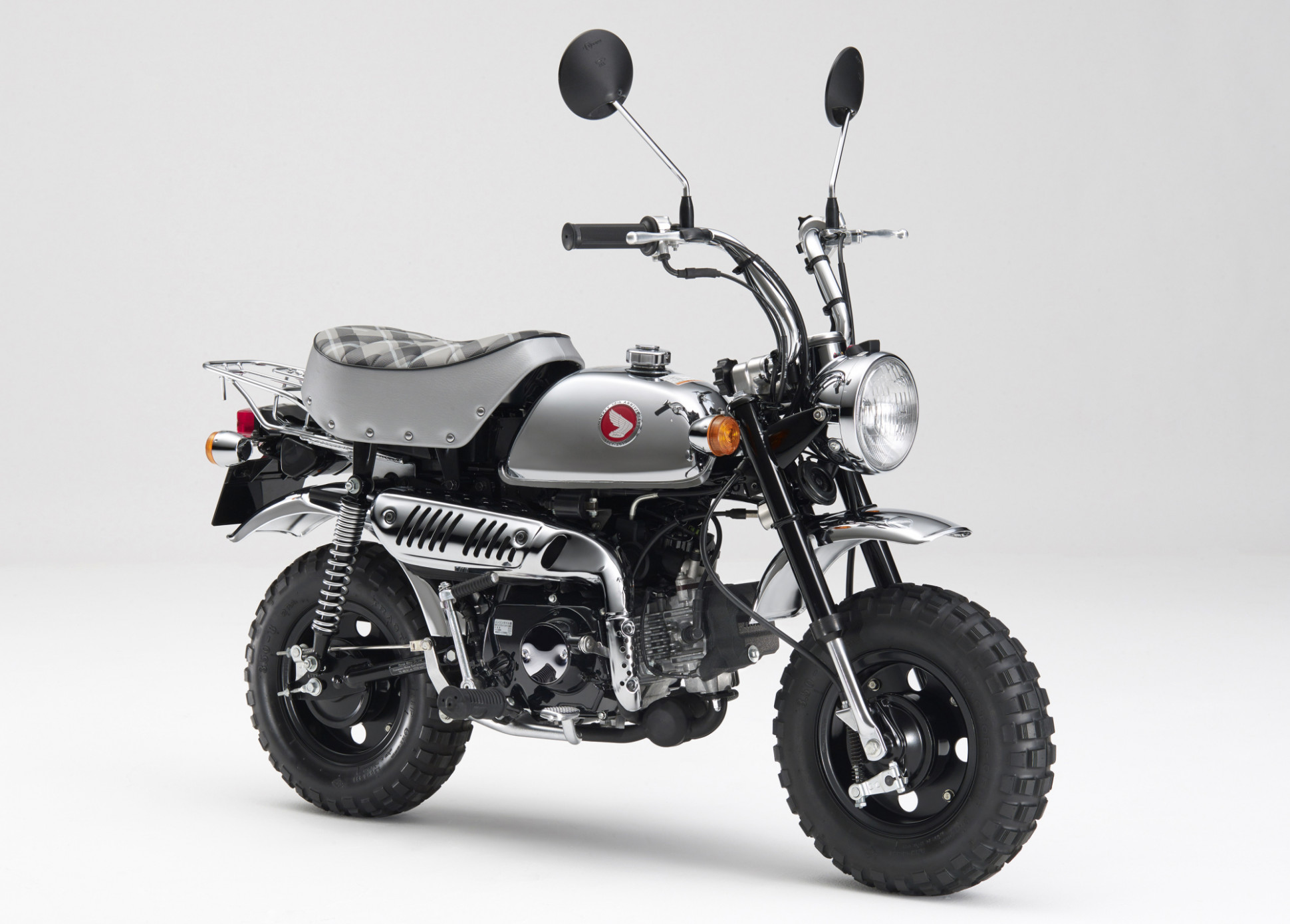 This 6cc Japanese Icon May Be About to Go Extinct - Bloomberg - 2020 honda z50 for sale