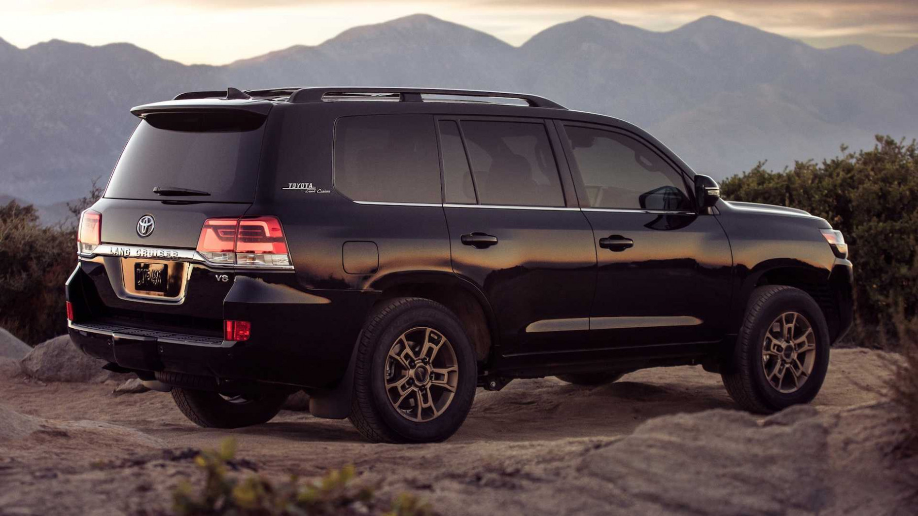 Toyota Land Cruiser Heritage Edition Offers Little, Costs A Lot - 2020 toyota land cruiser for sale