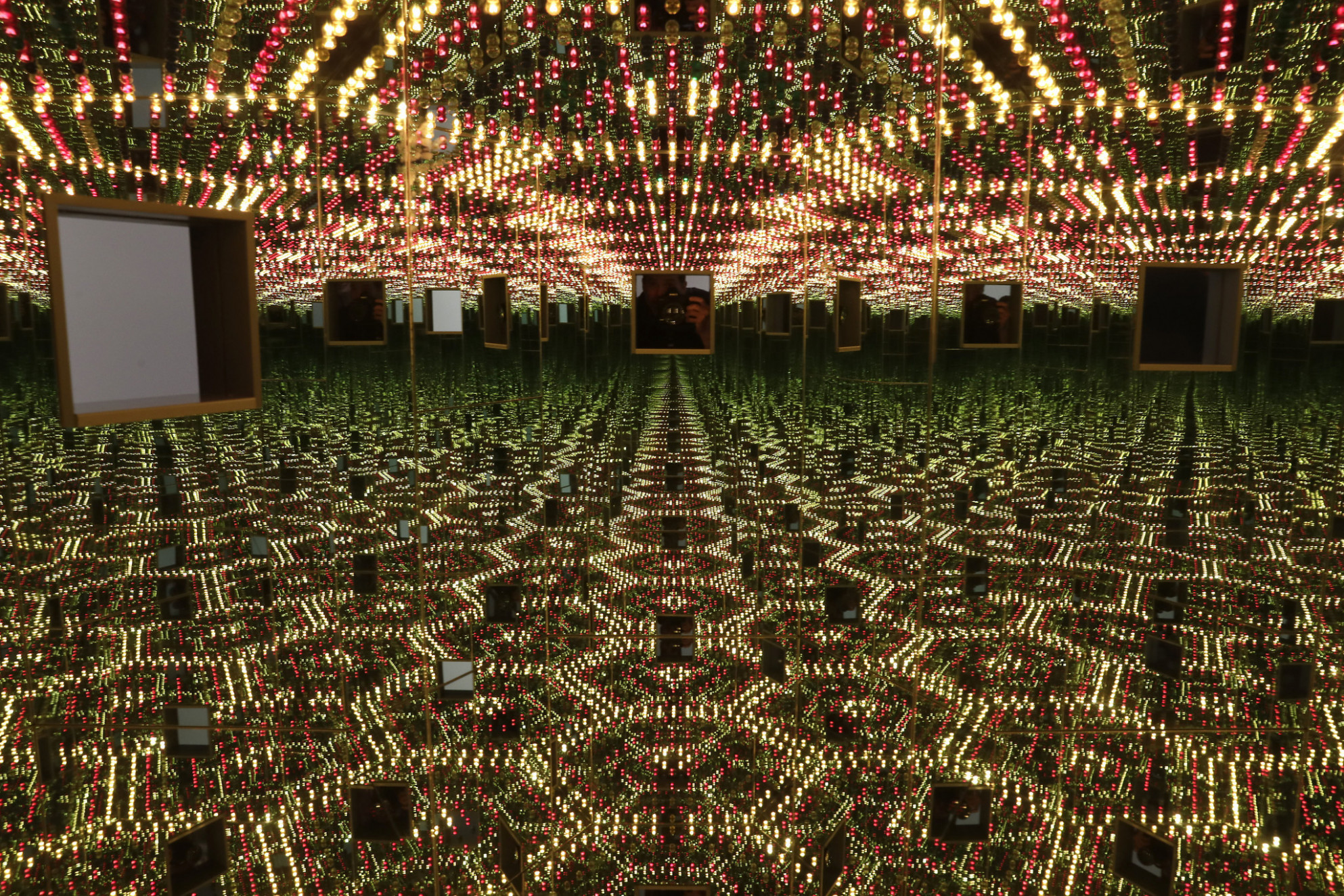 Yayoi Kusama at the Broad: Lots of mirrors, not so much artistic ...