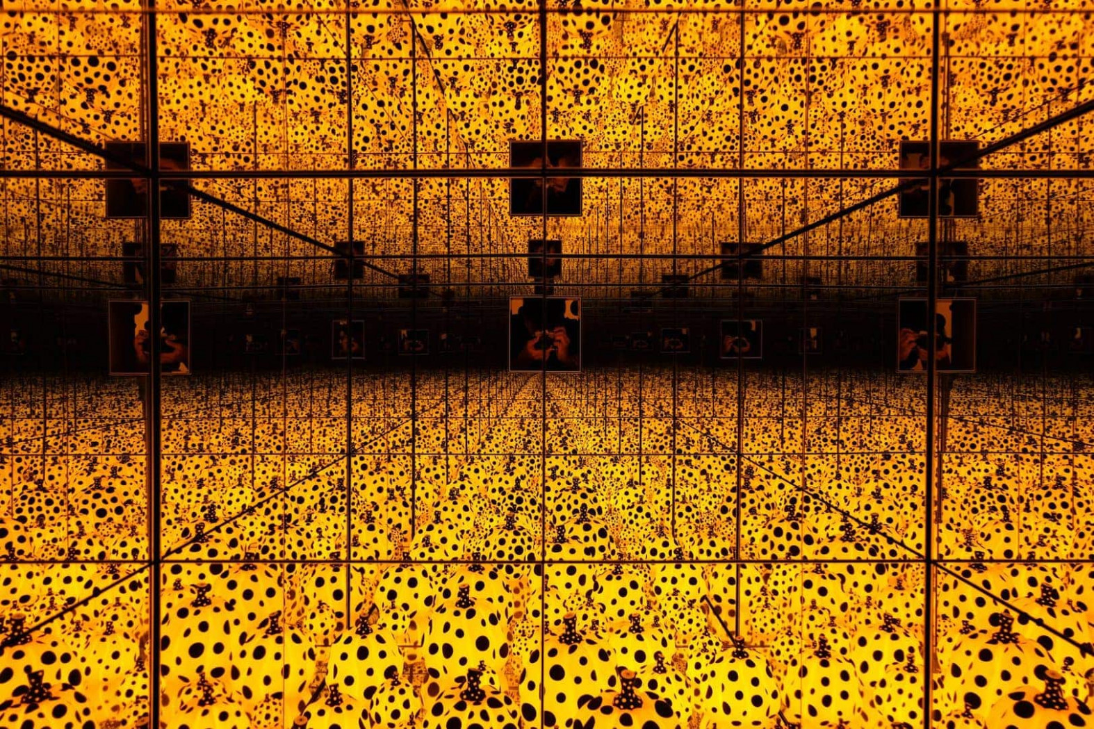 Yayoi Kusama Infinity Mirrors 6 [Complete Walkthrough of Rooms] - yayoi infinity mirrors 2020